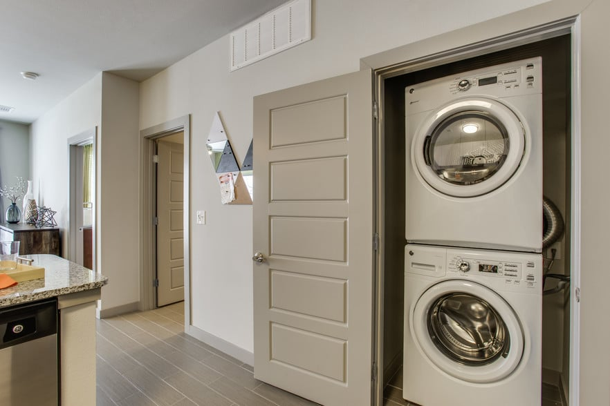 1RouthStreet Flats Laundry Room