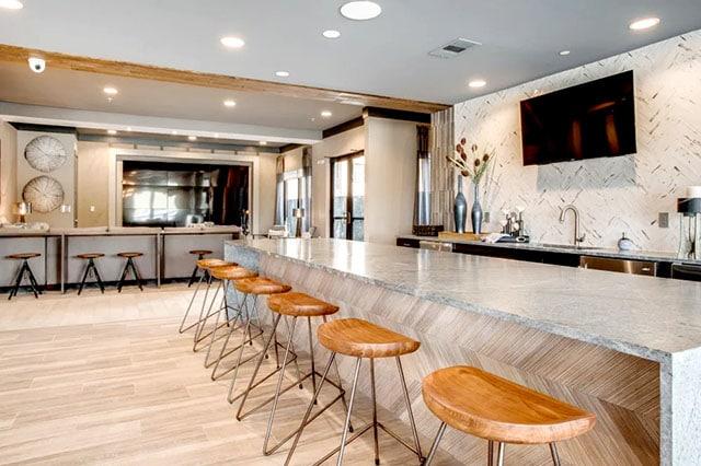 Alta Trinity Green Lounge 3
