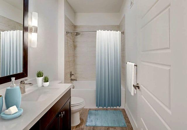 Encore Swiss Avenue Bathroom