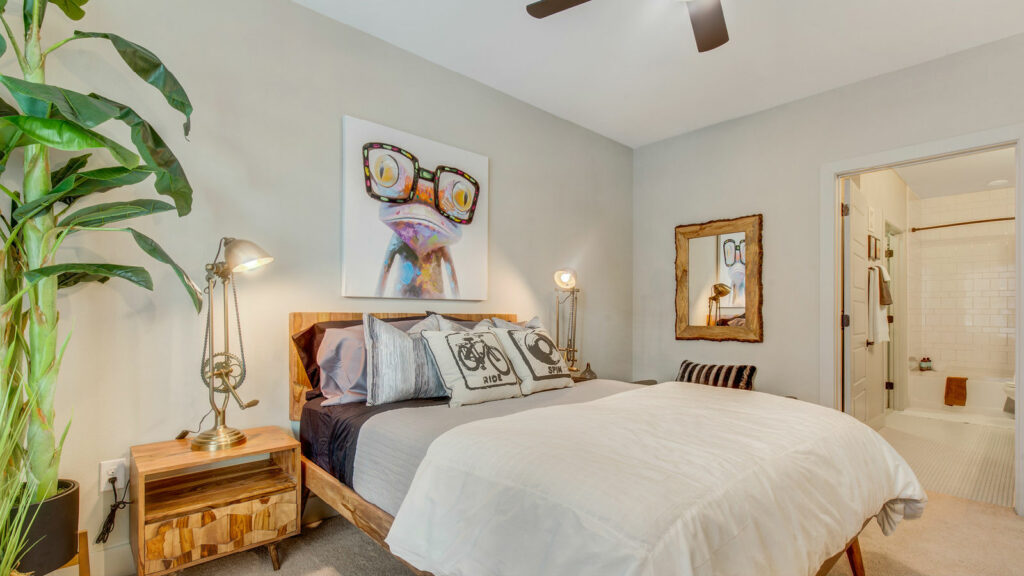 Novel Bishop Arts Bedroom